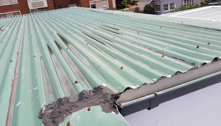 Roof replacement sydney - faulty corrugated roof installation